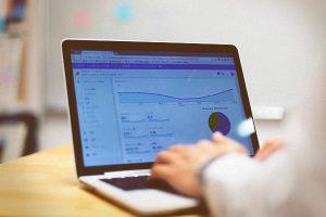 BtoB企業サイトのアクセスログ解析を紐解く4つの視点